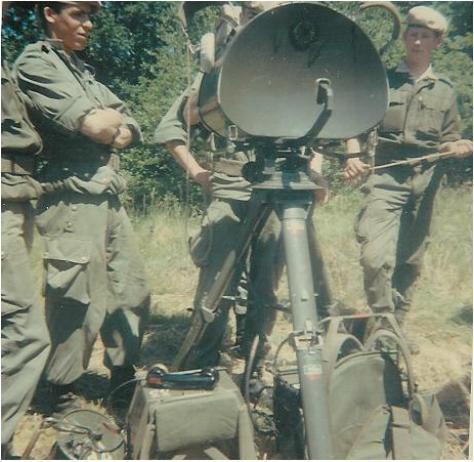VISITE du Camp d'IDRON en 1974, un premier pas vers l'AMICALE des anciens du 1er RCP en 1979. Rasura_1%5B1%5D%202%2011052007